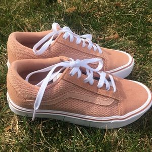 Ultracush Vans salmon colored
